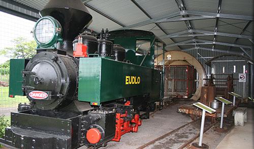 news-train